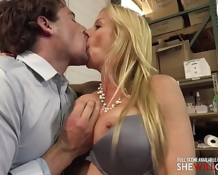 Shewillcheat - boss housewife alexis fawx welcomes a recent employee