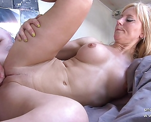 Amateur breasty french mommy fucked and sodomized with cum on body by her neighbour