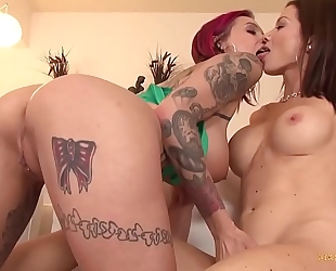Hot milfs anna bell peaks and lynn vega break out the toys