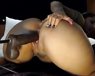 Ghetto wench receives vagina pounded by machine marital-device - britishcamsluts.net