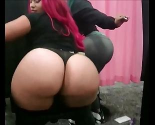 Big gazoo pinky xxx booty clapping