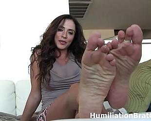 Slobber on ariella ferrera's toes!