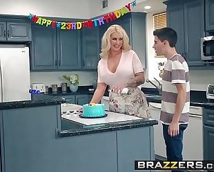 Brazzers.com - mom got bazookas - my allies drilled my mama scene starring ryan conner, jordi el ni&ntild