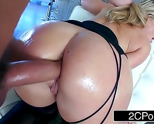 Aj applegate and her flawless arse