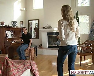 Milf in hot jeans julia ann receives nailed