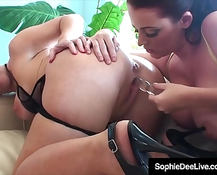 Lesbians sophie dee & dee siren fake penis fuck & take up with the tongue love tunnels!