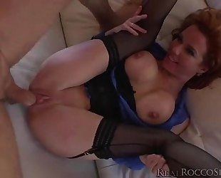 Hot veronica receives an intensive banging by rocco for the 1st time - thumbzilla