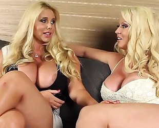 Alura jenson ve karen fisher (fucking threesome)