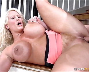 Alura jenson - spunk fountain compilation