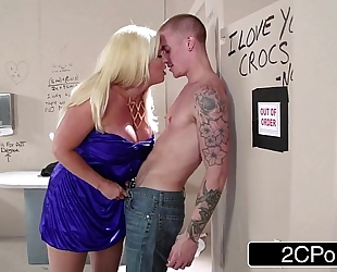 Sneaky italian golden-haired bimbo milf alura jenson sucks ramrod in the theater