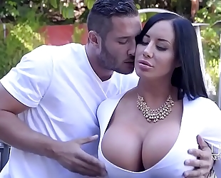 Porn outdoor with nice-looking curvy housewife and her youthful neighbour