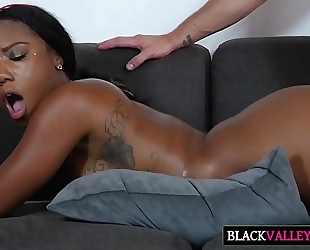 Big brown booty chanell heart acquires slammed