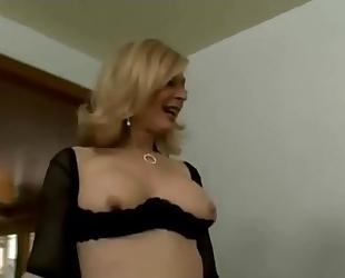 Fuckbunker.com anal milf nina hartley swallows part 1