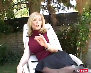 Hot milf nina hartley engulfing schlong and fucking - pov-porn.net