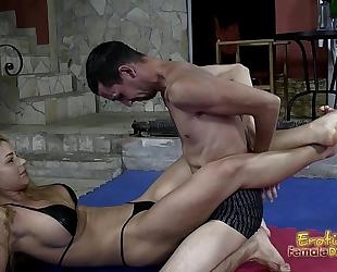Victorious wrestling headmistress jerks off her loser serf