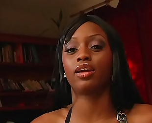 Jada fire is willing to fuck