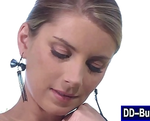 Blonde with large bazookas sucks her nipps