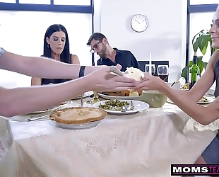 Mom bonks son & eats legal age teenager creampie for thanksgiving treat