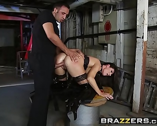 Brazzers.com - real white wife stories - (india summer) - unfathomable in the bowels of india