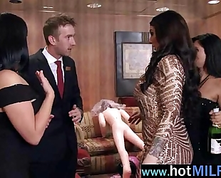 Big jock is need in sex action for superb older white lady (india summer) clip-25