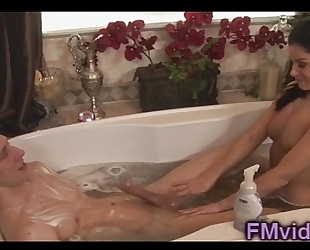 India summer bathtub play