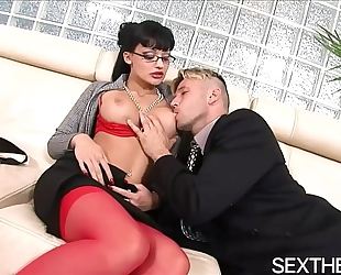 Aletta ocean gives oral-service then hardcore sex