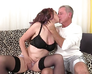 Zoe Matthews sucks and fucks lover's cock until it explodes