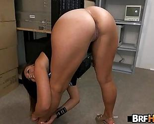 Tan wazoo beauty kelsi monroe flexible backroom fuck.1