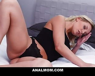 Beautiful blonde MILF gets her asshole fucked and creamed