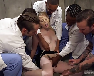 Group of horny studs bangs blonde slut and she can barely resist