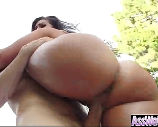 Anal intercorse with (kelsi monroe) curvy arse white women oiled up clip-15