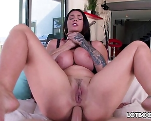 Huge milk cans of alison tyler with bubble arse for anal