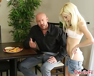 Babysitter piper perri pussyfucked doggy style
