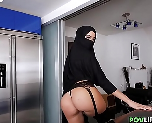 Sexy hijab housewife with curves drilled