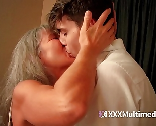 Old step mom bonks young son - leilani lei
