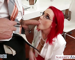 Redhead office sweetheart siri fucking