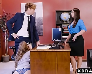 Office 3some with 2 bosses and a hawt employee