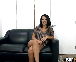 Amateur dillion harper trying to make it large in porn industry.1