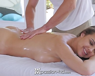 Passion-hd - dillion harper hawt soaked massage with facial