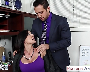 Hottie dark brown kendra craving fucking in the office