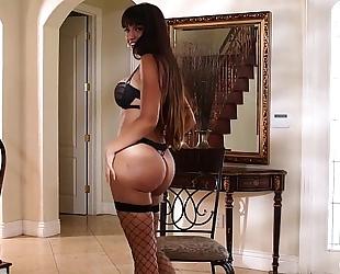 Kendra craving sexy milf neverseen hd porn episode