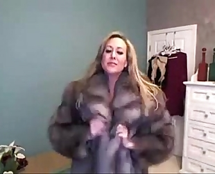 Milf has joy on livecam - camgirlserotic.com